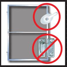 เมื่อไม่ต้องเปิดบานมุ้งลวดก็ไม่ต้องใช้บานพับมุ้งลวด ทำให้ถอดล้างมุ้งลวดได้ง่าย เพราะใช้เพียงกระดุม